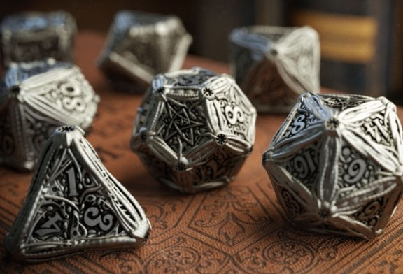 Crowdfunding | Call of Cthulhu Metal Dice Set by Q-Workshop & Chaosium